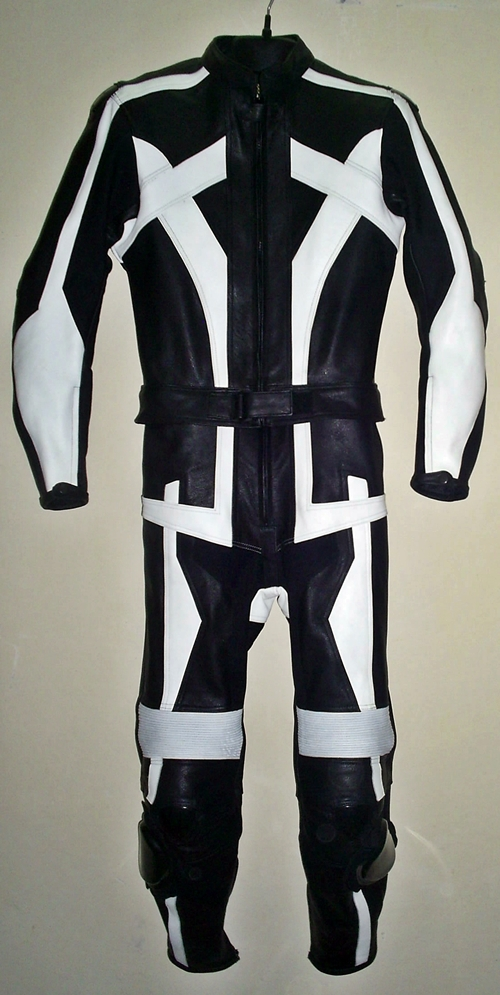 leather-racing-suit-custom-made-style-ms679-www.leather-shop.biz-front-pic.jpg