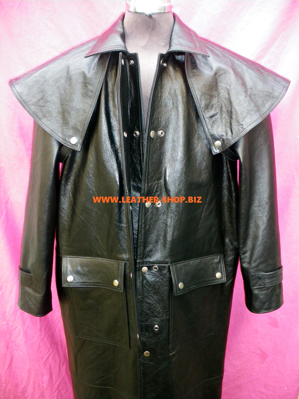 men-s-leather-duster-trench-coat-custom-made-style-mtc550-www.leather-shop.biz-front-unsnapped-image.jpg