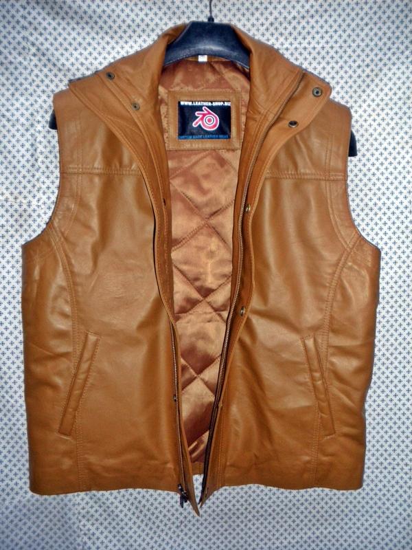 manlju-lang-leder-vest-ljocht-brún-mlvl11-www.leather-shop.biz-front-open-pic.jpg