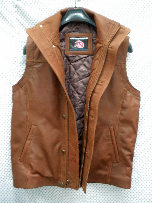 mens-snuff-brown-colored-leather-long-vest-style-mlvl13-with-buttons-www.leather-shop.biz-front-pic.jpg